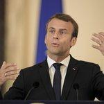 Francouzský prezident Emmanuel Macron na tiskové konferenci v rumunské Bukurešti