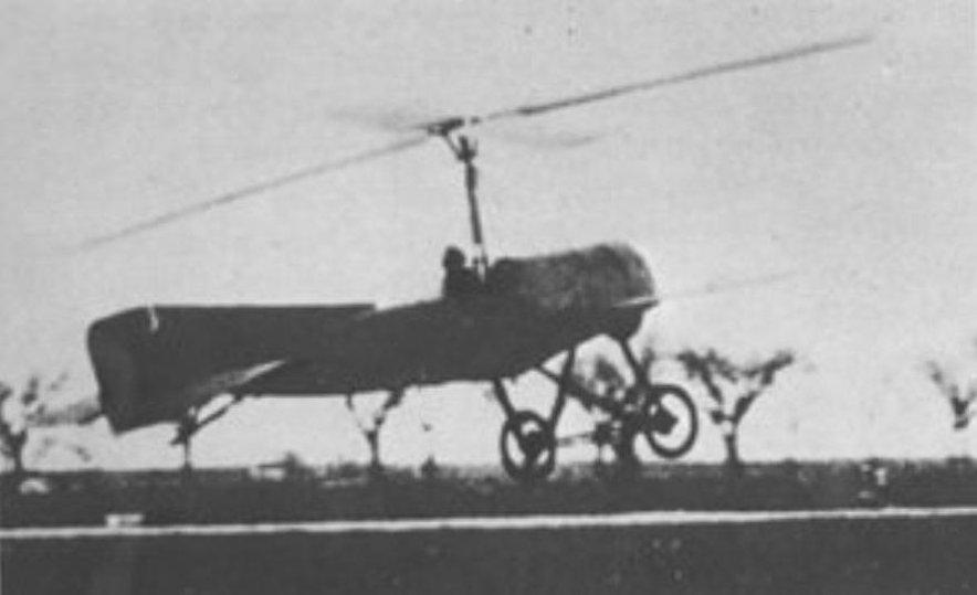 Vírník při startu v roce 1923 vynalezený Španělem Juanem de la Ciervou