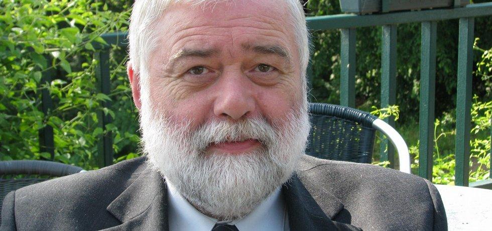 Chrz Pavel, prezident České stomatologické komory