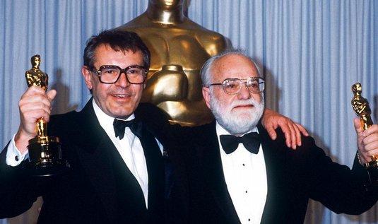 Miloš Forman (vlevo) v roce 1985 získal Oskara za film Amadeus