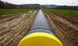 Propojení s plynovou soustavou Rakouska bude Česku chybět dál