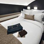 Součástí apartmánu Residence na palubě Airbusu A380 Etihad Airways je oddělená ložnice s dvojlůžkem.