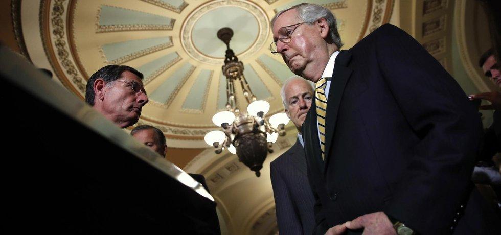 Republikánský senátor Mitch McConnell