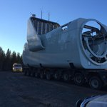 Gondola na sloupu tak nevypadá, zblízka je ale jasné, že rozměry odpovídá menšímu pokoji