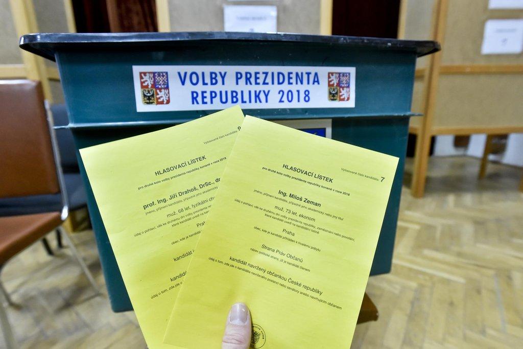 Druhý den druhého kola prezidentských voleb