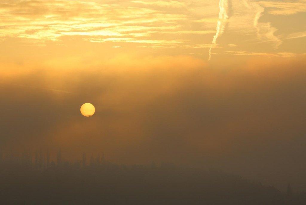 Znečištěné ovzduší - ilustrační foto