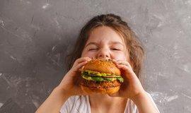 Veganský burger, ilustrační foto
