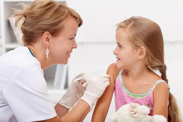 lékař, praktik, pediatr, očkování