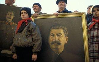 Parta Stalinových příznivců v gruzínském Gori si připomíná diktátorovo výročí narození