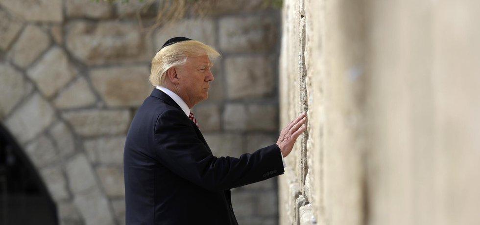 Donald Trump u Zdi nářků