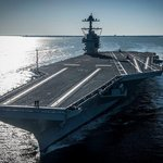 Letadlová loď USS Gerald R. Ford (CVN-78). Nový typ americké letadlové lodi po 40 letech.