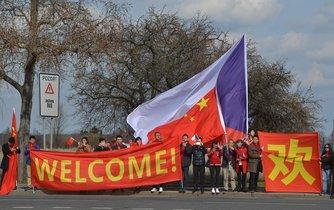 Vítání čínského prezidenta Si Ťin-pchinga v Praze