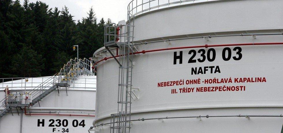 Česko má vrátit naftu za miliardu korun