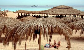 Pláž ostrova Giftun v Egyptě, ilustrační foto