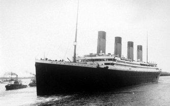 Dobový snímek slavné lodi RMS Titanik