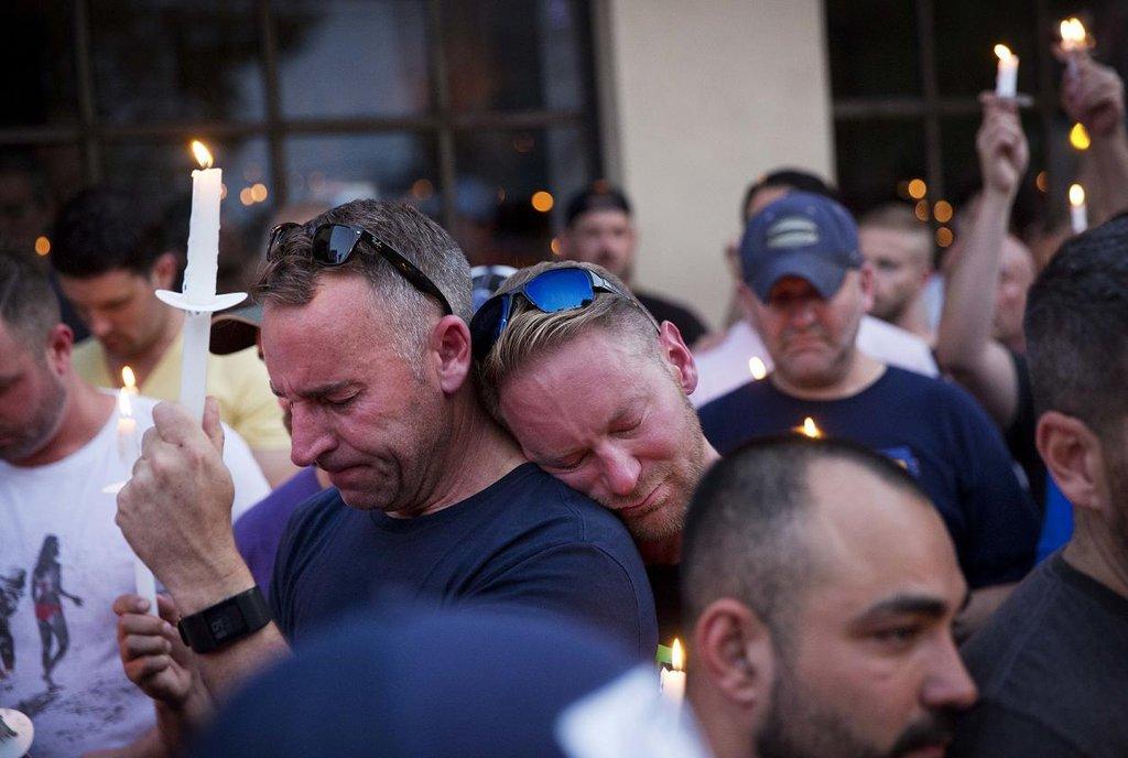 Uctění obětí teroru z Orlanda