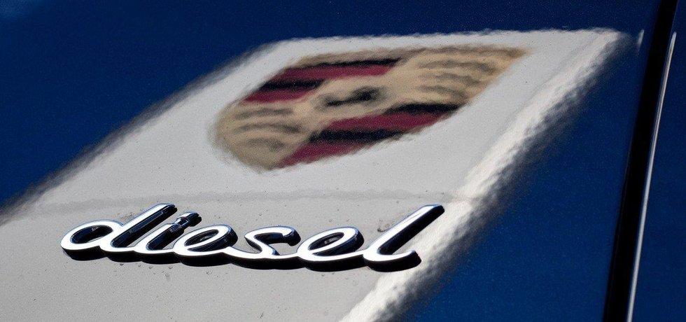 Porsche Cayenne Diesel v USA ani v Německu úřady nepřihlásí. Německý zákaz ale automobilka obešla