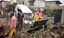 Mexiko se vzpamatovává z nejsilnějšího zemětřesení od roku 1985