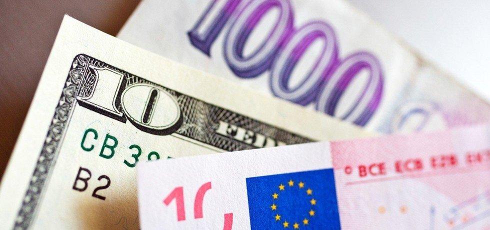 Zahraniční dluh Česka klesl, ilustrační foto
