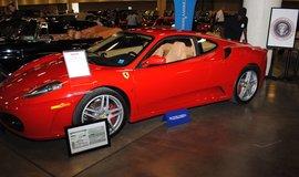 Ferrari Donalda Trumpa v aukční síni