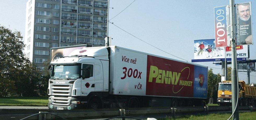 Kamion na pražském Spořilově - ilustrační foto
