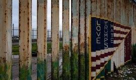 Jak miliardáři ze Silicon Valley krmí Trumpovu deportační mašinérii