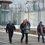 Volební komise přichází do věznice v jabloneckých Rýnovicích