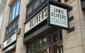 Restaurace Jamieho Olivera v Itálii
