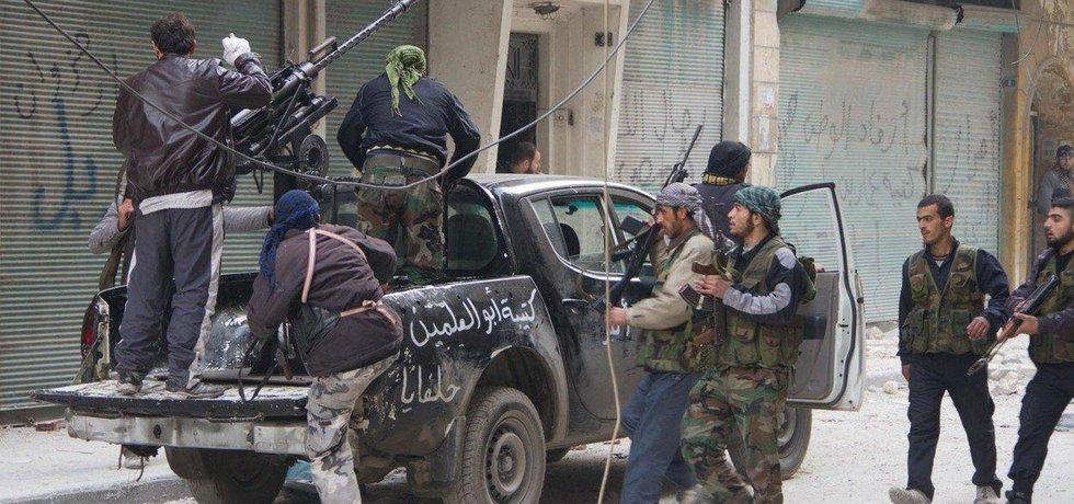 Bojovníci v Sýrii, ilustrační foto