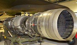 Letecký motor společnosti Rolls-Royce v muzeu britských vzdušných sil v Hendonu
