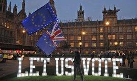 Nejistota kvůli brexitu: investice firem v Británii klesnou nejvýrazněji za 10 let