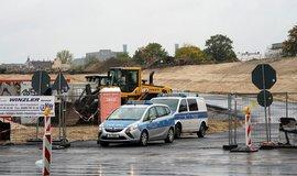 Bombu našli stavaři na jihu německé metropole