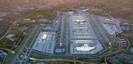 Megalomanské rozšíření Heathrow děsí lidi v okolí. Letiště odbaví navíc 700 letadel denně