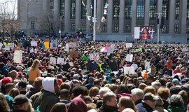 Protest za omezení prodeje zbraní ve Washingtonu