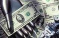 Robot nabízí peníze, ilustrační foto