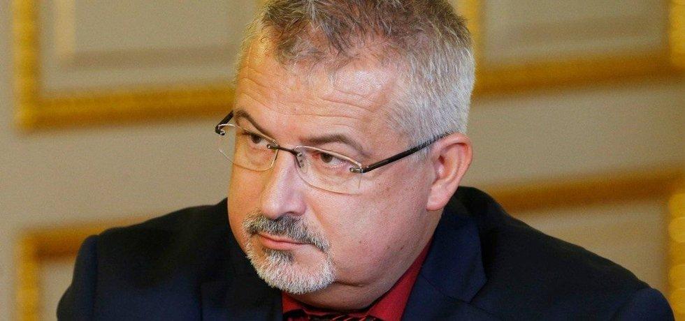 Předseda Českomoravského odborového svazu pracovníků školství František Dobšík.