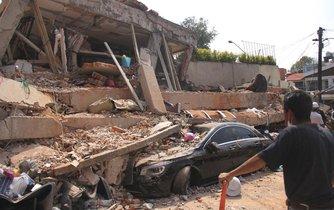 Následky ničivého zemětřesení v Mexiku