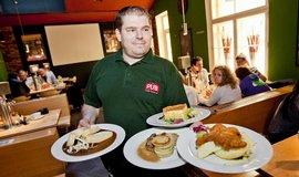 Číšník, ilustrační foto