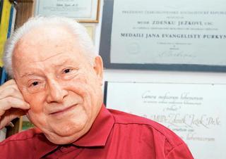 doc. MUDr. Zdeněk Ježek, DrSc.