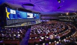V eurovolbách hlasovalo přes 50 procent voličů. Obě největší frakce si pohorší
