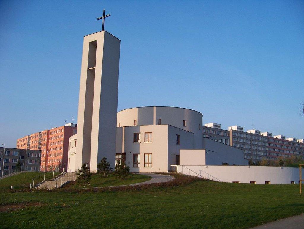 Kostel na pražském Jižním městě