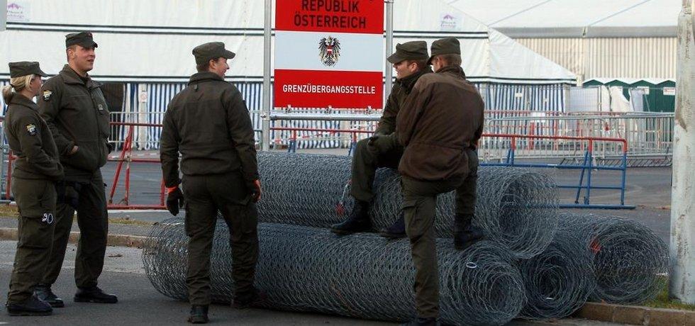Rakousko staví plot na části hranice se Slovinskem