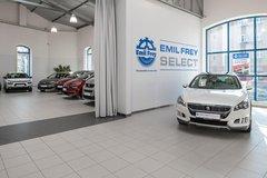 Vůz vyššího segmentu se vyplatí kupovat u důvěryhodného prodejce.