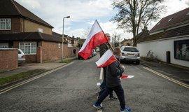 Členové polské komunity v Británii