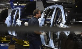 Výroba aut v Česku za tři čtvrtletí stoupla o 0,7 procenta na 1,07 milionu