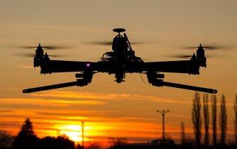 Dron, ilustrační foto