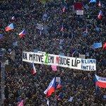 Demonstrace proti Andreji Babišovi 16. listopadu 2019 na Letenské pláni.