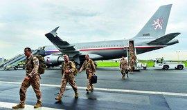 Cestování na povel. Čeští vojáci míří nejen do bojových misí