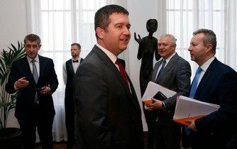 Jan Hamáček s vedením hnutí ANO