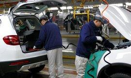 Výroba aut v Číně - ilustrační foto